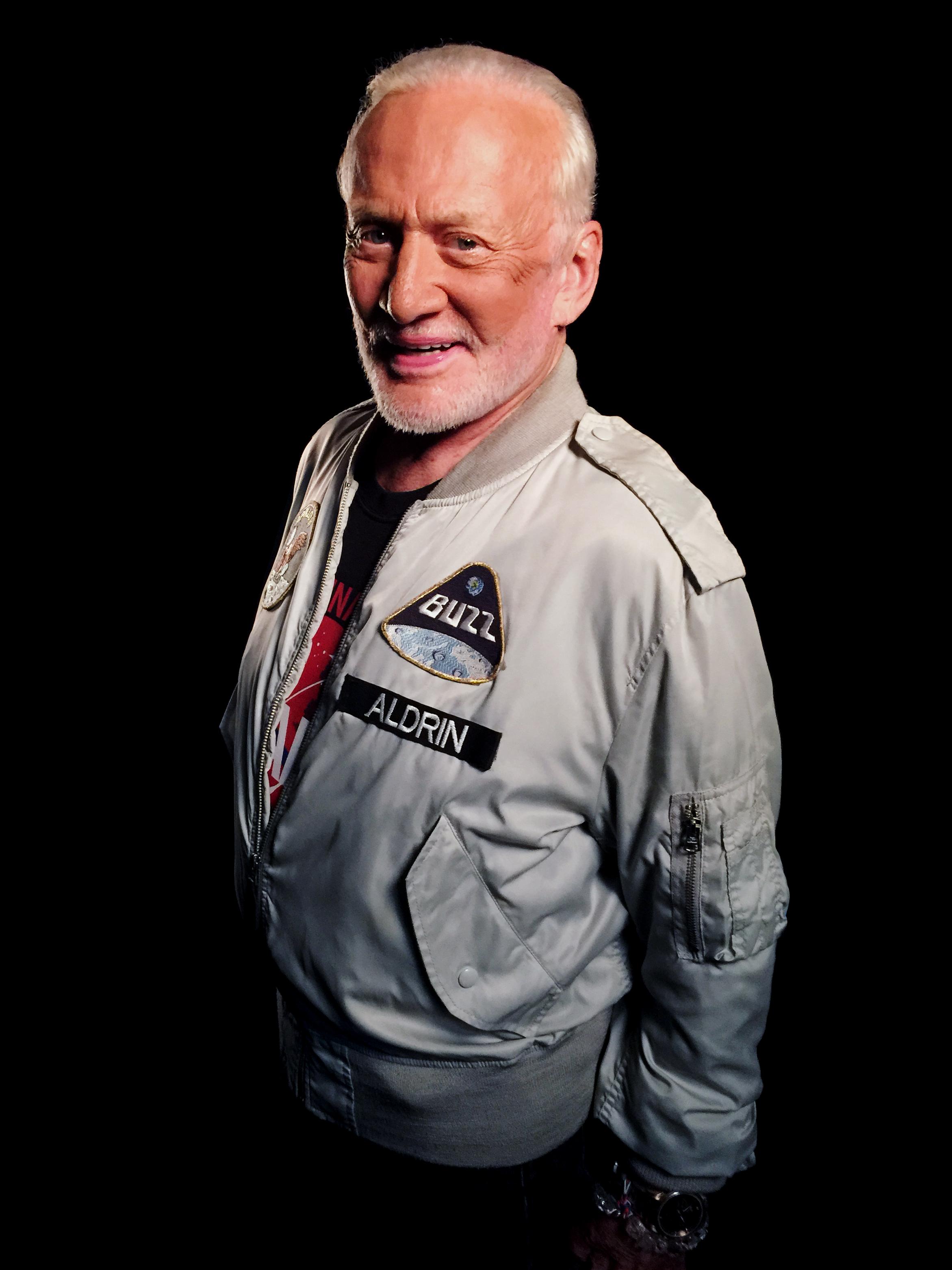 Buzz Aldrin Astronaut Apollo 11, Gemini 12   All Eyes at